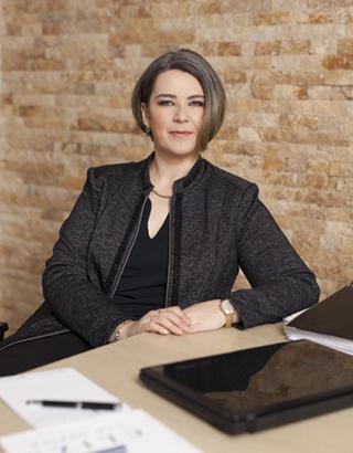 Laura Spătaru-Negură